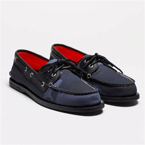 best stylish boat shoes 9 best boat shoes for 2018 stylish men s sperry boat