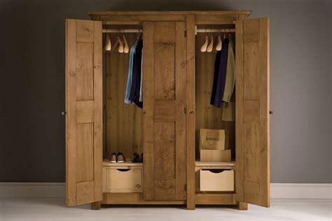 Define Wardrobe - meaning of wardrobe interpretation