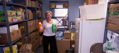 elmhurst yorkfield food pantry usa l 246 246 f foundation