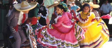 hispanic culture food traditions hispanic culture traditions holidays hispanic