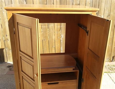 ethan allen tv cabinet ethan allen country colors maple tv cabinet ebay