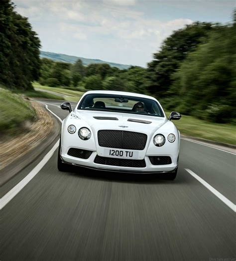 bentley releases a two bentley releases a gt3 r car for you drive safe and fast