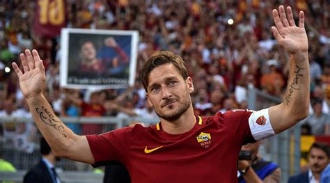 Jersey As Roma Home 2017 18 Farewell Totti Edition King Of Rome Francesco Totti Bids An Emotional Farewell