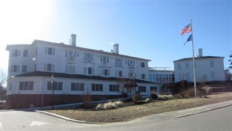 brunswick housing authority brunswick housing authority eyeing daniel stone inn for possible senior residence