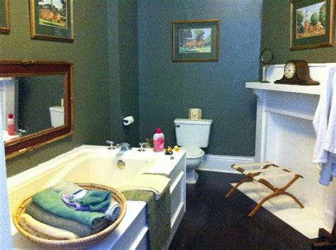 the chestnut cottage bed and breakfast updated 2017 b b