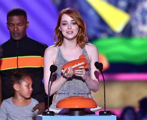emma stone nickelodeon emma stone at 2015 nickelodeon kids choice awards in