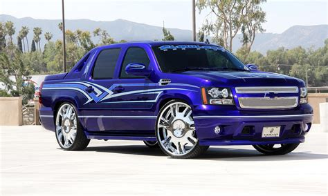 Whells Langka Th Chevy lexani wheels the leader in custom luxury wheels blue custom 2011 chevy avalanche with chrome