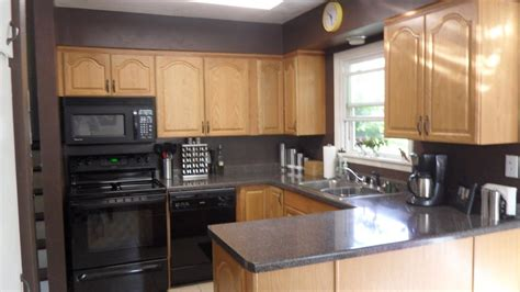 gray kitchen walls with oak cabinets gray kitchen walls crafts and such pinterest grey