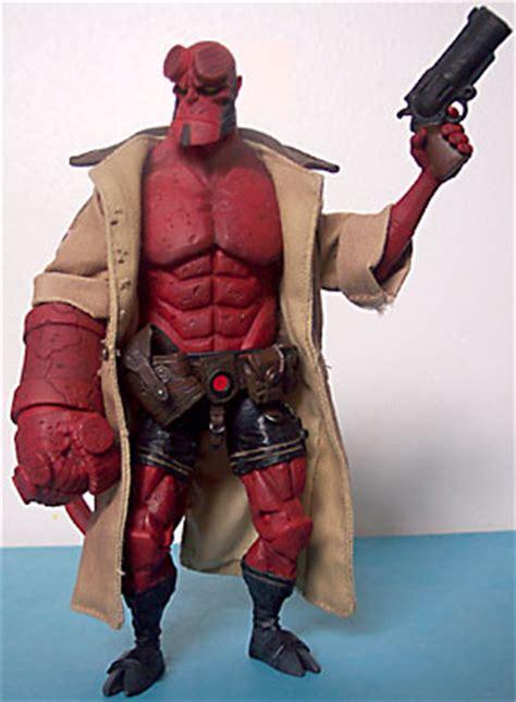 Sale Figure Mezco Hellboy Hell Boy Preview Exclusive Segel oafe hellboy review