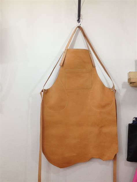 welding apron pattern 60 best images about leather apron on pinterest