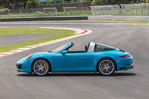 miami blue porsche targa nouvelle porsche 911 targa 4 s exclusive design edition
