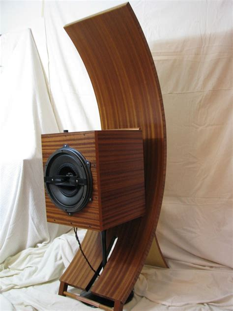 Handmade Audio - crafted hi end audio speakers by mccabe fabrication