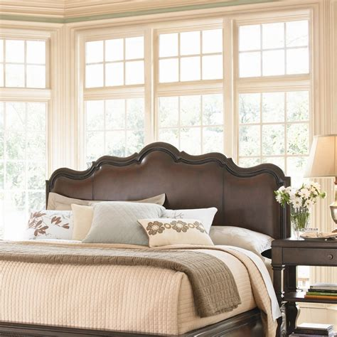 bedroom sets pinterest 25 best images about cherry wood bedroom on pinterest