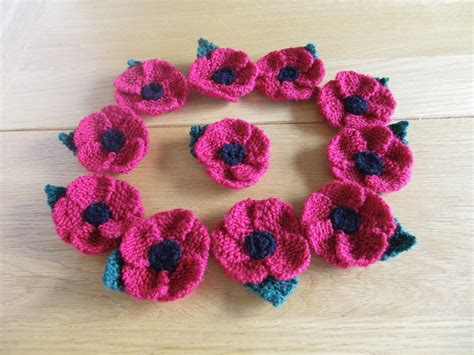 free pattern for knitted poppies image gallery knit a poppy free