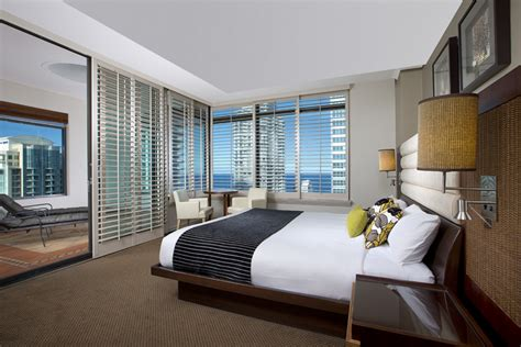 hotels with spa in room gold coast luxury suites surfers paradise watermark hotel spa gold coast