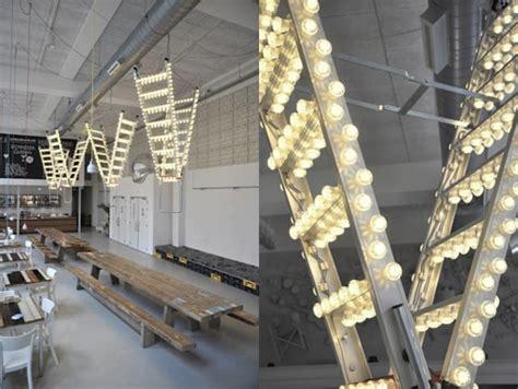 lichterkette und leiter ausgefallene dekoration