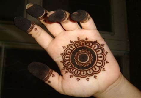 arabic henna design easy 25 beautiful mehndi designs for beginners that you can try