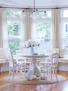 bay window breakfast nook 5 ways to decorate your bay window