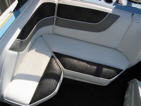custom boat seats w gator from sew creative upholstery inc