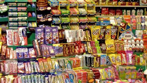 la fabrica de golosinas tienda tienda de la f el 70 por ciento de las golosinas se venden en kioscos