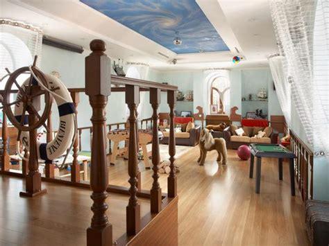 Nautical decor ideas kids room decorating with ship wheels