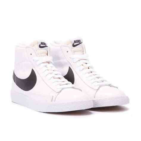 Nike White Black nike blazer mid retro white black 845054 102