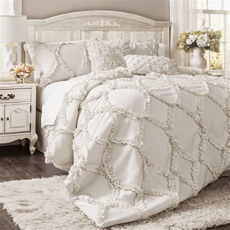 bedding sets  wont break  budget dress