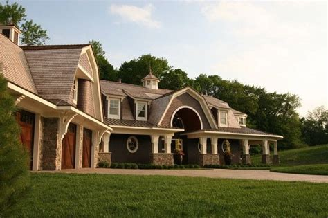 Gambrel Homes 20 examples of homes with gambrel roofs photo examples