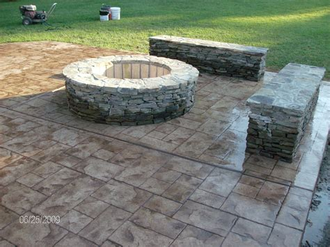 Pavers Vs Concrete Patio Sted Concrete Vs Pavers For Brick Driveway The Wooden Houses
