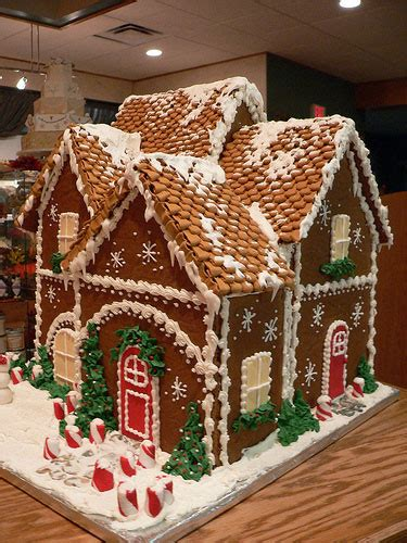 Gallery A Gingerbread House In Pictures Of Gingerbread Houses