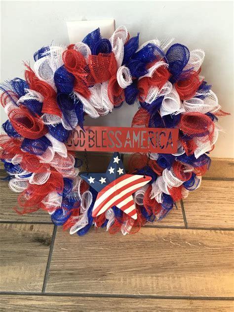 pin  nicole   wreaths    july wreath