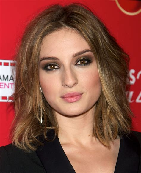 awesome hairstyles  square shaped faces medium hair
