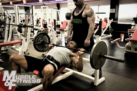 hhh bench press triple h and palumbo muscle fitness sept 2009
