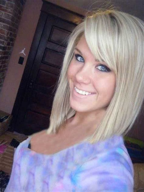 how to angle hair around face best 25 medium angled bobs ideas on pinterest long