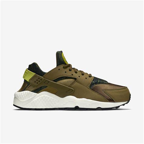 Nike Huarache nike air huarache print militia green