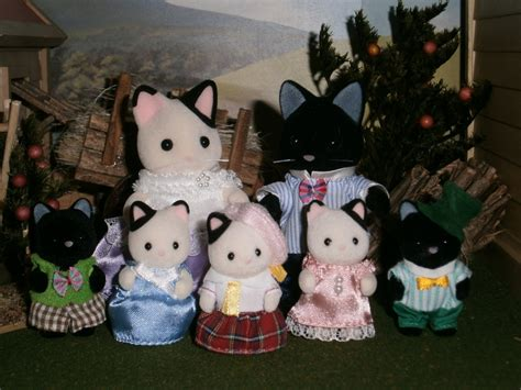 sylvanian families cat family the marlowe tuxedo cat family sylvanian families