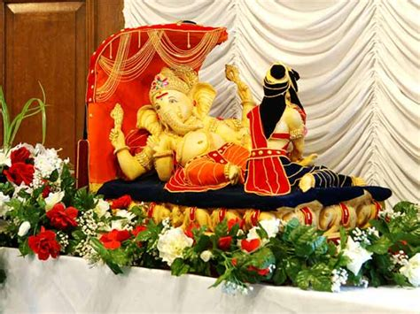 ganesh chaturthi decorations ganesha chaturthi pandal