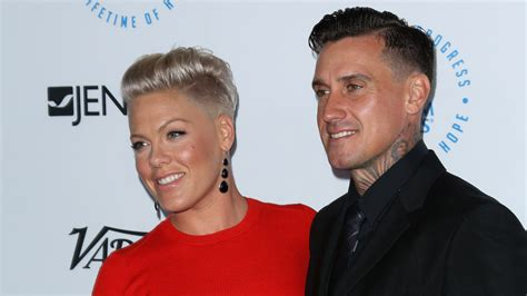 1300 Square Foot House by Pink And Carey Hart Selling Malibu Beach House For 13m