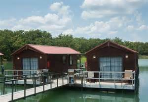 Floating Cabins At Lake Murray by 9 Affordable Places To Spend The In Oklahoma