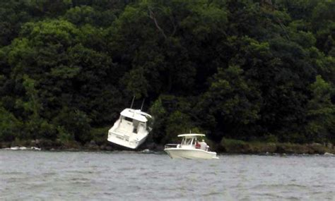 navy boat crash never follow a navy boat shrimp boat or outboard powered