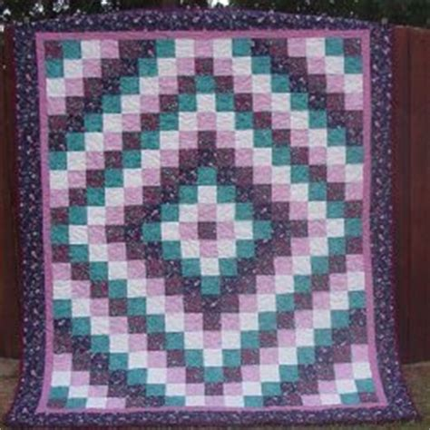 Trip Around The World Quilt In A Day by Trip Around The World Bed Quilt Favequilts