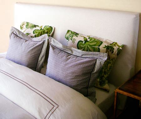 15 Cozy Diy Upholstered Headboards For Every Bedroom Diy Fabric Headboards