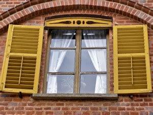 Fenster Lackieren Bei Regen by Holzfenster Lackieren Dein Bauguide