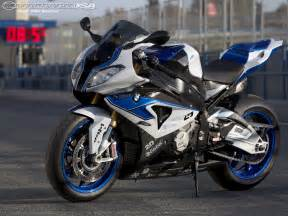 Hp4 Bmw 2013 Bmw S1000rr Hp4 Ride Photos Motorcycle Usa