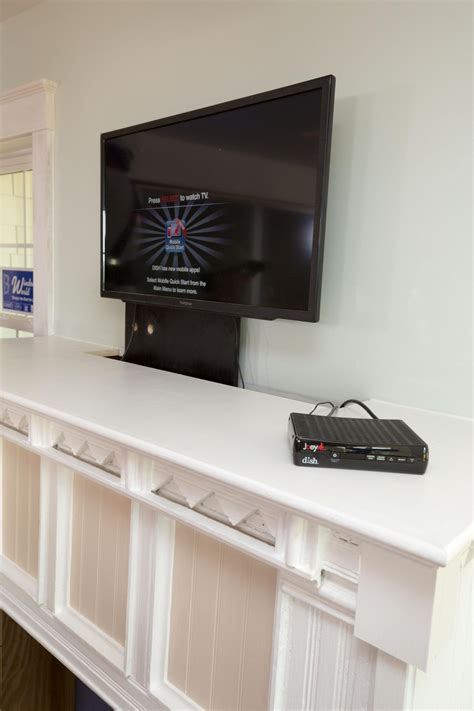 Tv Comes Out Of Cabinet Tyres2c