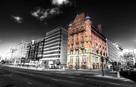 Raising Titanic, Liverpool Hotel