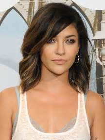 shoulder length hair for with pear shaped faces best 20 shoulder length hairstyles ideas on pinterest