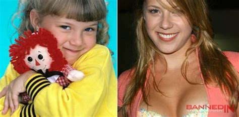 stephanie from full house now stephanie from full house candid star pics pinterest stephanie from full house