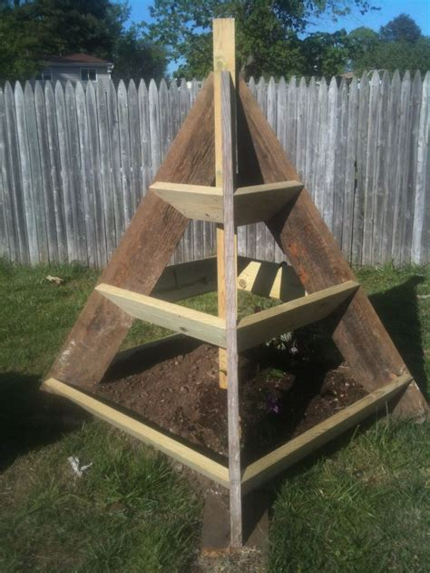pyramid planter gardening