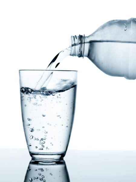 stiftung warentest pestizide  mineralwasser wunderweib